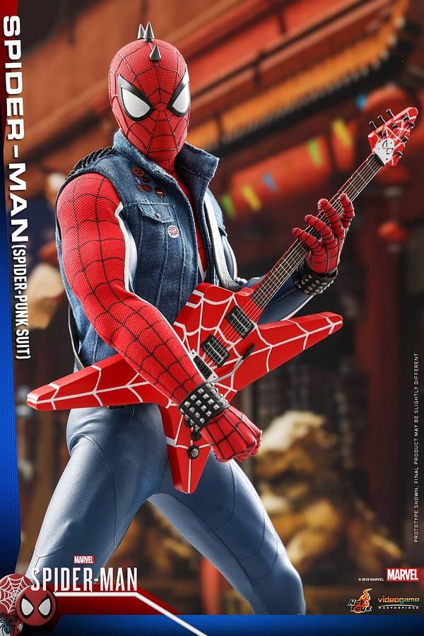 Hot Toys Spider Man Spider Punk Figure 16