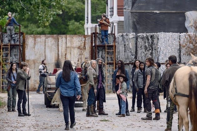 The Walking Dead Season 9 Episode 15 The Calm Before