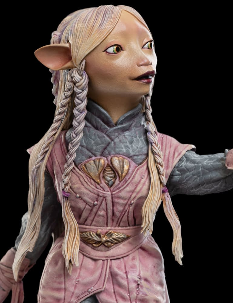 """""""Dark Crystal: Age of Resistance"""" Gets a Statue from Weta Workshop"""