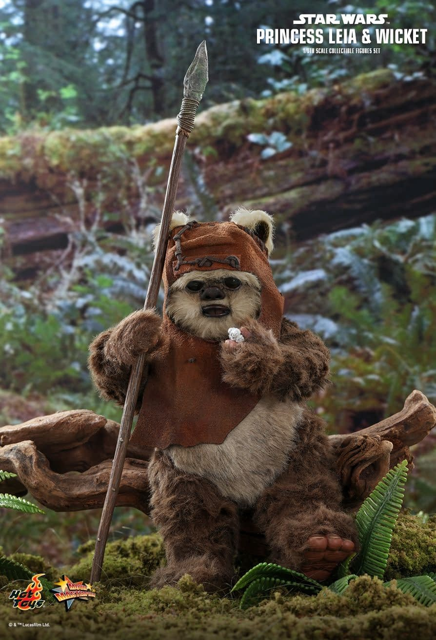 Return of the Jedi's Leia and Wickett come to life with Hot Toys