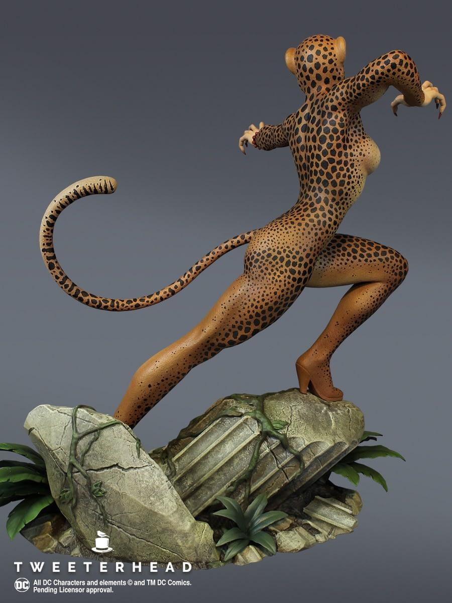 Cheetah Rumbles in the Jungle with Tweeterhead Statue