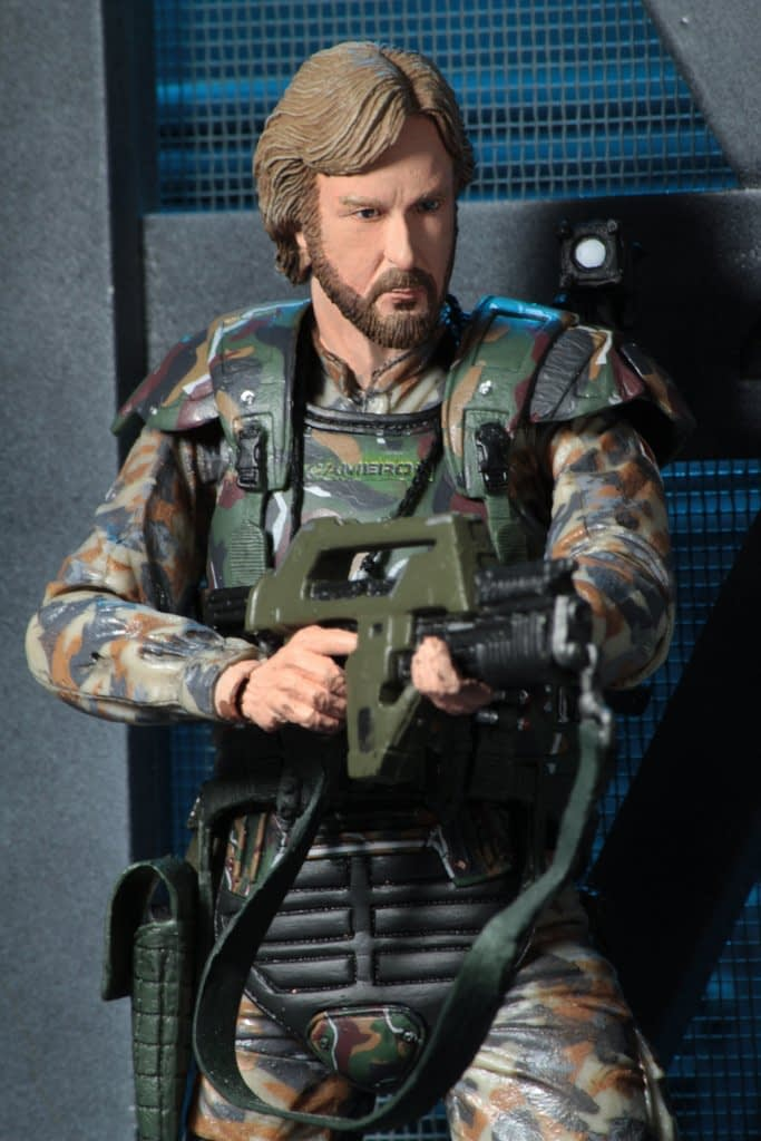 NECA-Aliens-James-Cameron-Figure-2