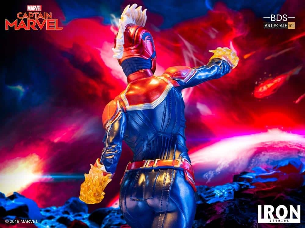 Captain Marvel Iron Studios Statue 9