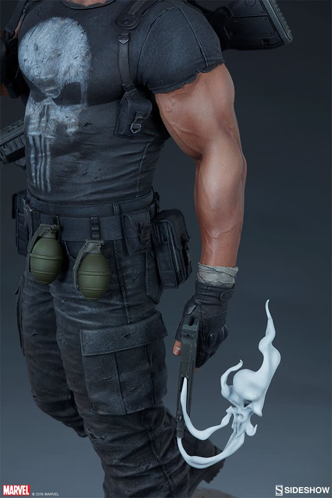 Sideshow Collectibles Punisher Premium Format Figure 12