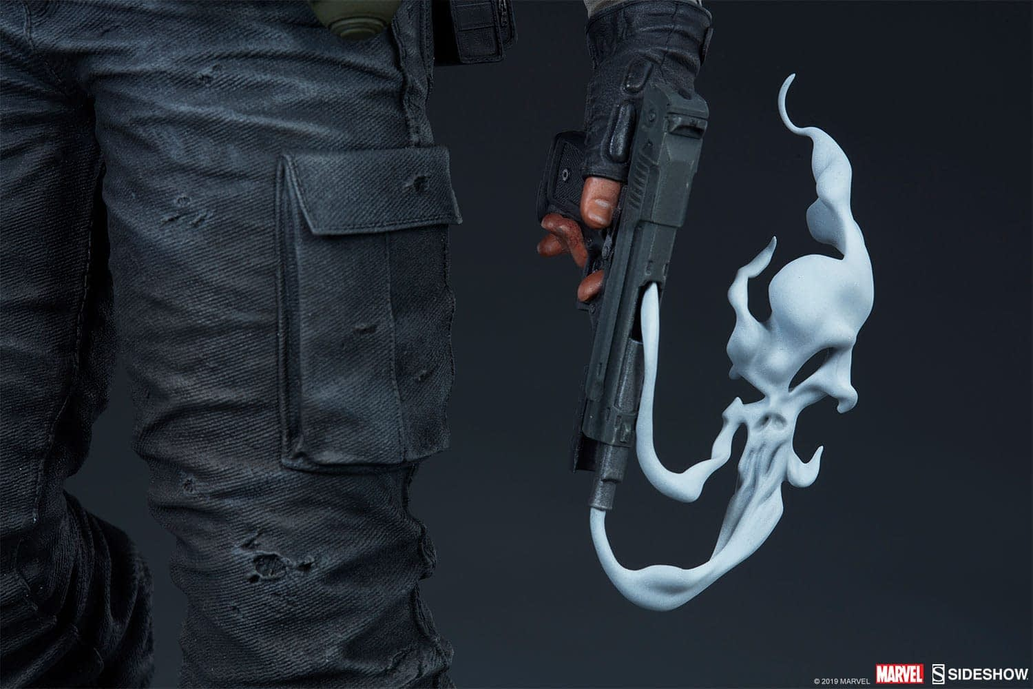 Sideshow Collectibles Punisher Premium Format Figure 13