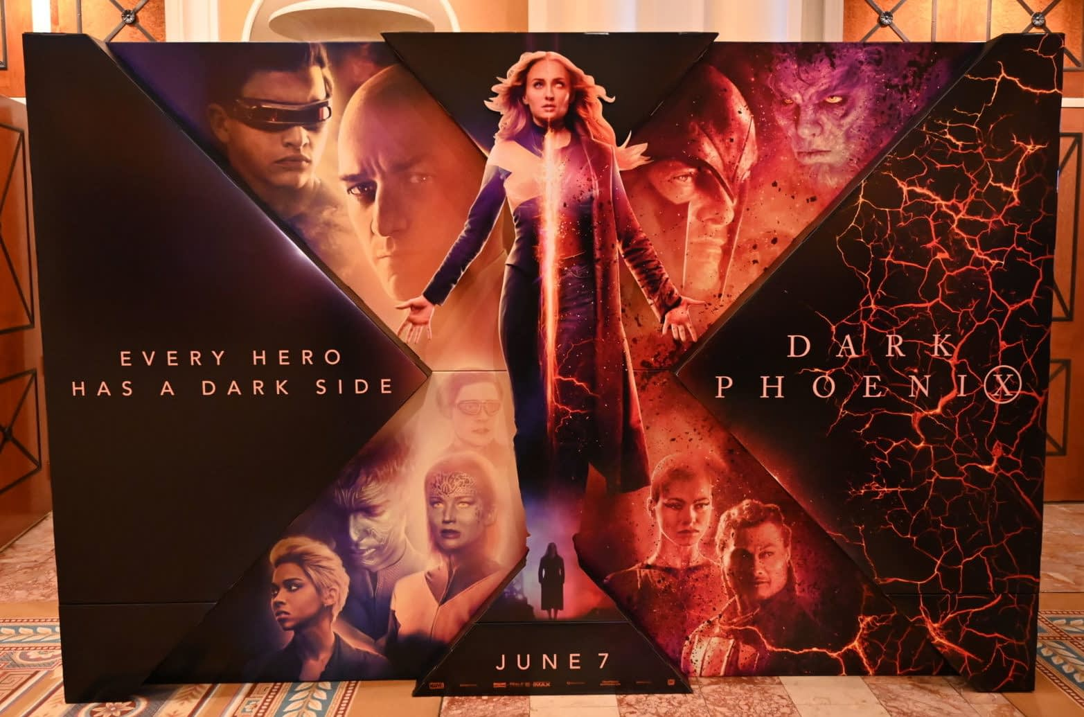 [CinemaCon 2019] New Dark Phoenix Standees Has Jean Grey Standing Tall