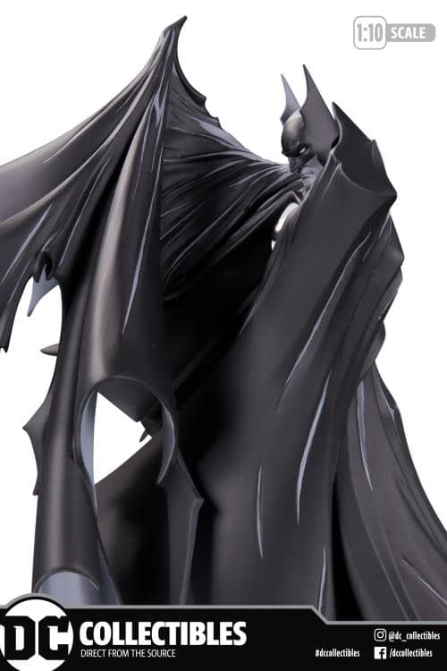 #423 cover, 100th Release Batman Black /& White By Todd McFarlane Resin Statue