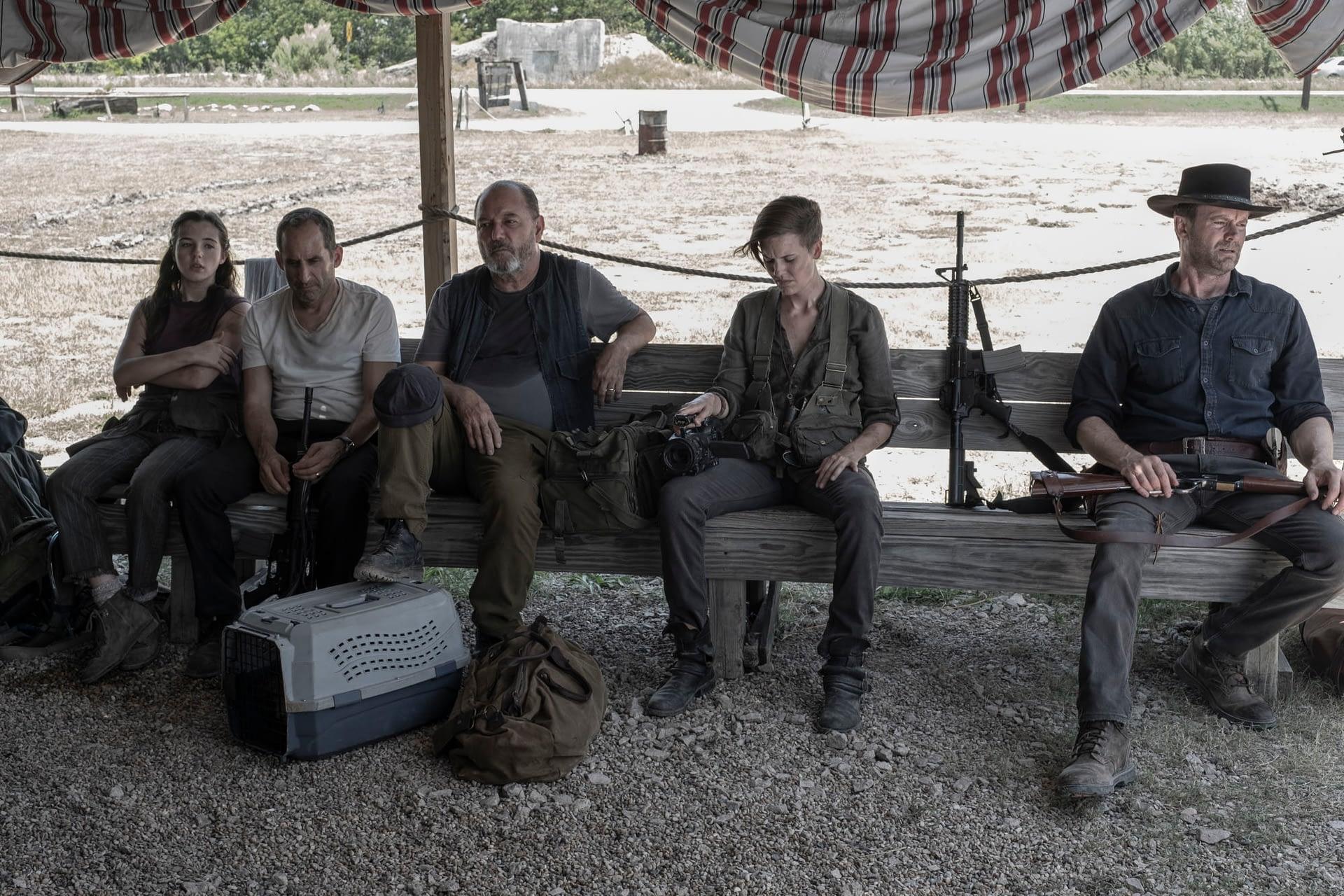 "Did ""Fear the Walking Dead"" Showrunners Ian Goldberg, Andrew Chambliss Really Just Kill [SPOILER]?"