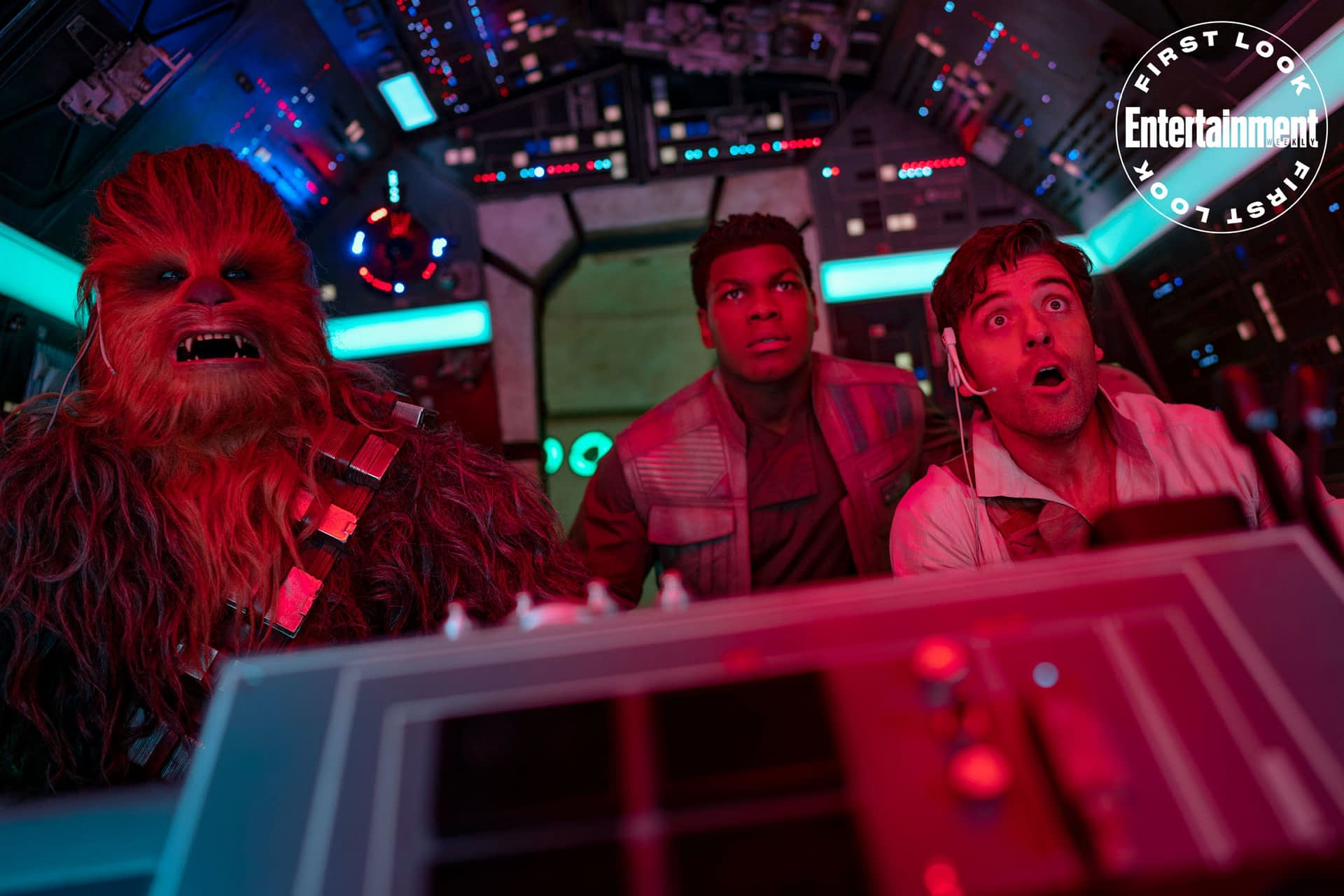 """""""Star Wars"""": New Image of Finn, Poe, and Chewie from """"The Rise of Skywalker"""""""