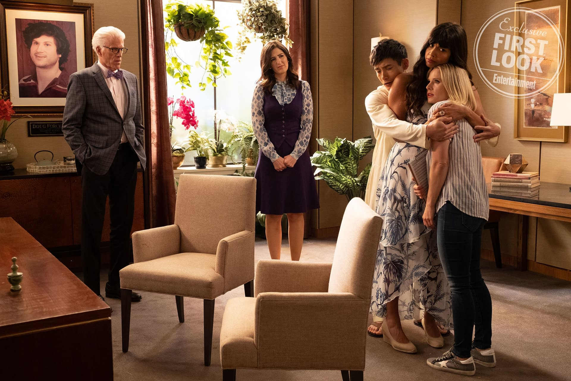 """The Good Place"" Season 4 ""A Girl From Arizona"": First-Look Premiere Images Released"